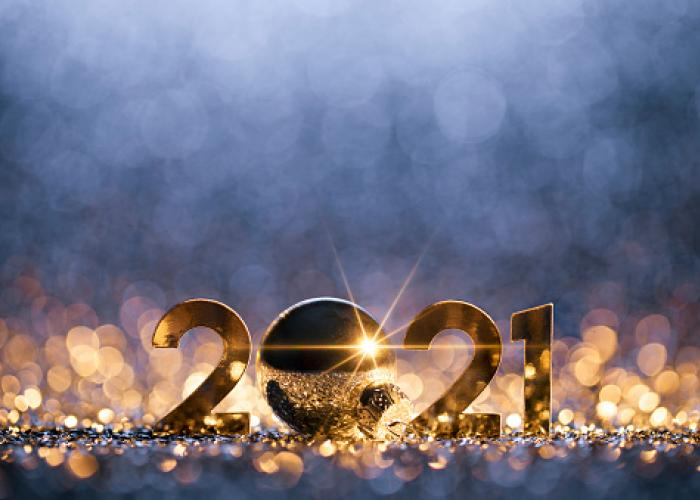 2021 new years eve sign with gold glitter